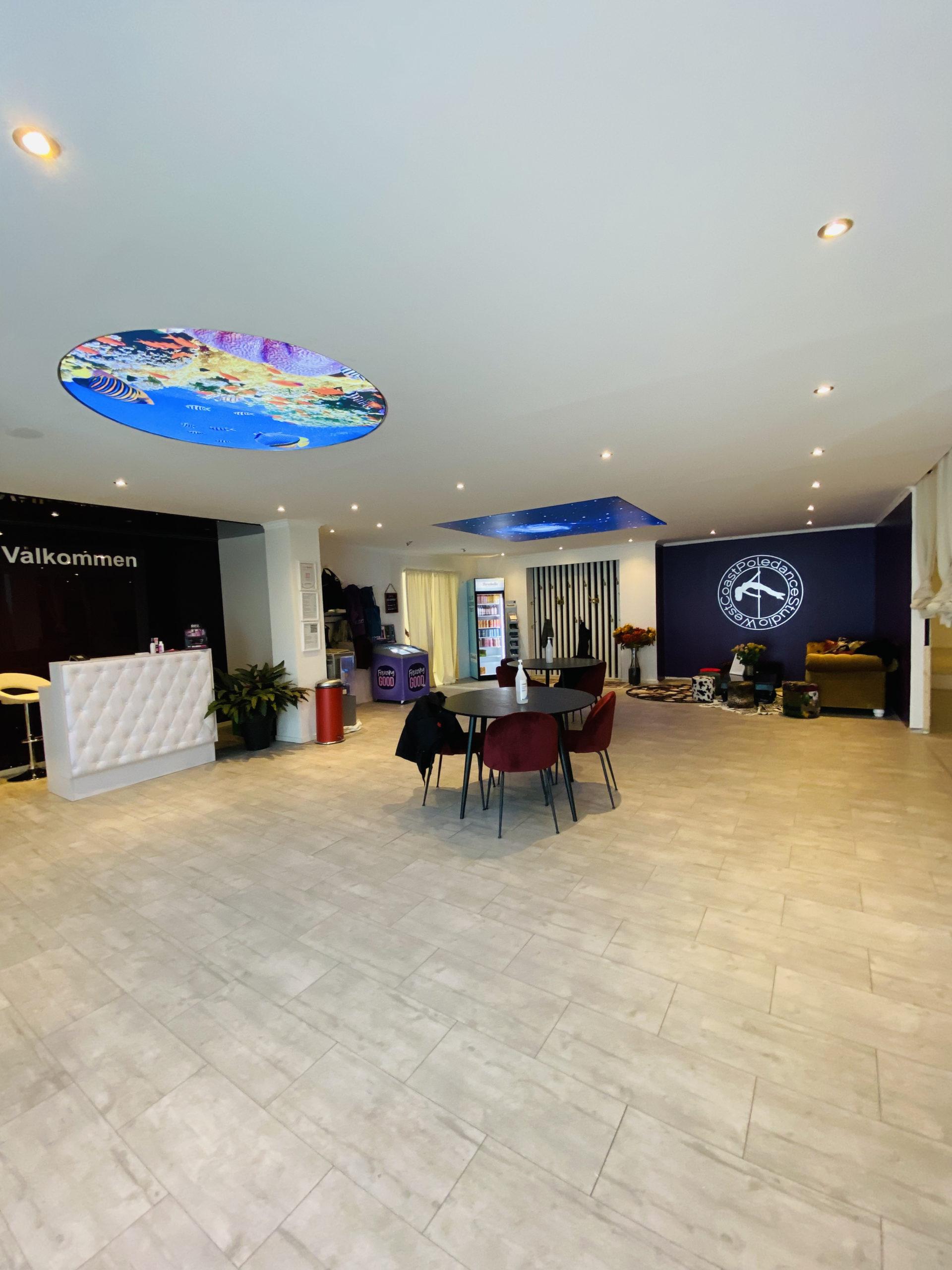 West Coast Poledance Studio Göteborg Lobbyn